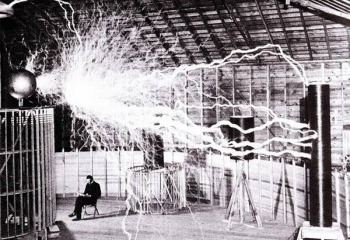 David Blaine and Nikola Tesla. A shocking pairing.